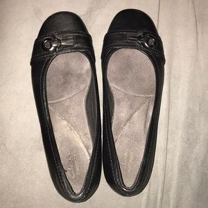 Black Flats with Small Heel